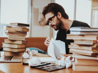 Hire UK Writers For Writing Assignments